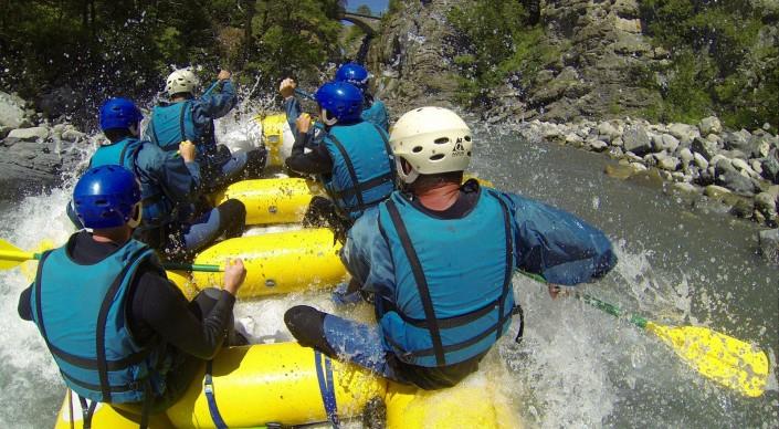 rafting lac de serre-ponçon