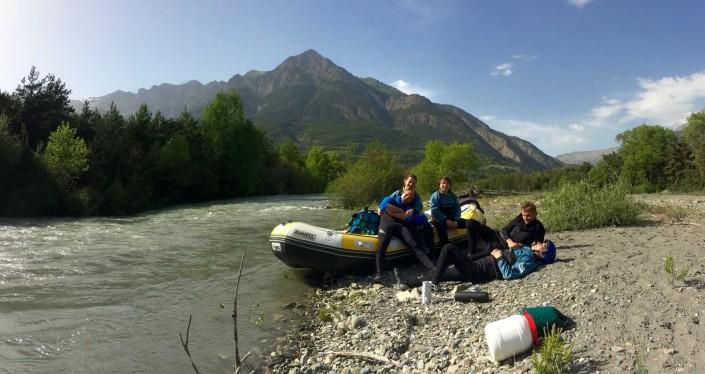rafting découverte au printemps sur ubaye